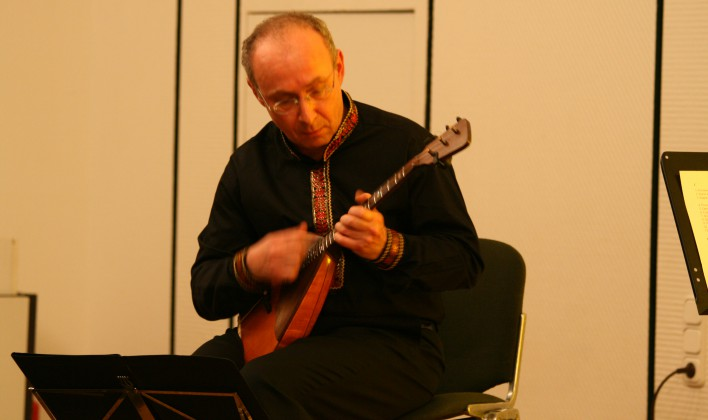 Alexander Paperny Solo